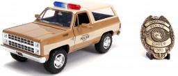 Модель машины Jada Toys – Stranger Things: 1980 Chevy K5 Blazer W/Badge (масштаб 1:24) (31111)