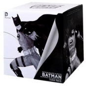 Фигурка Batman Black & White. Statue By Ivan Reis